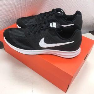 Nike Downshifter 7 Wide GS
